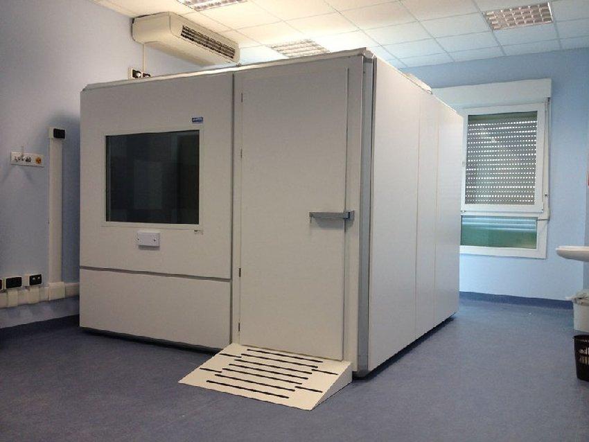 Box insonorizzato puma per esami e test audiologici